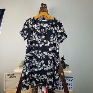 Lush▪︎Black Floral Split Neck Short Sleeve Dress